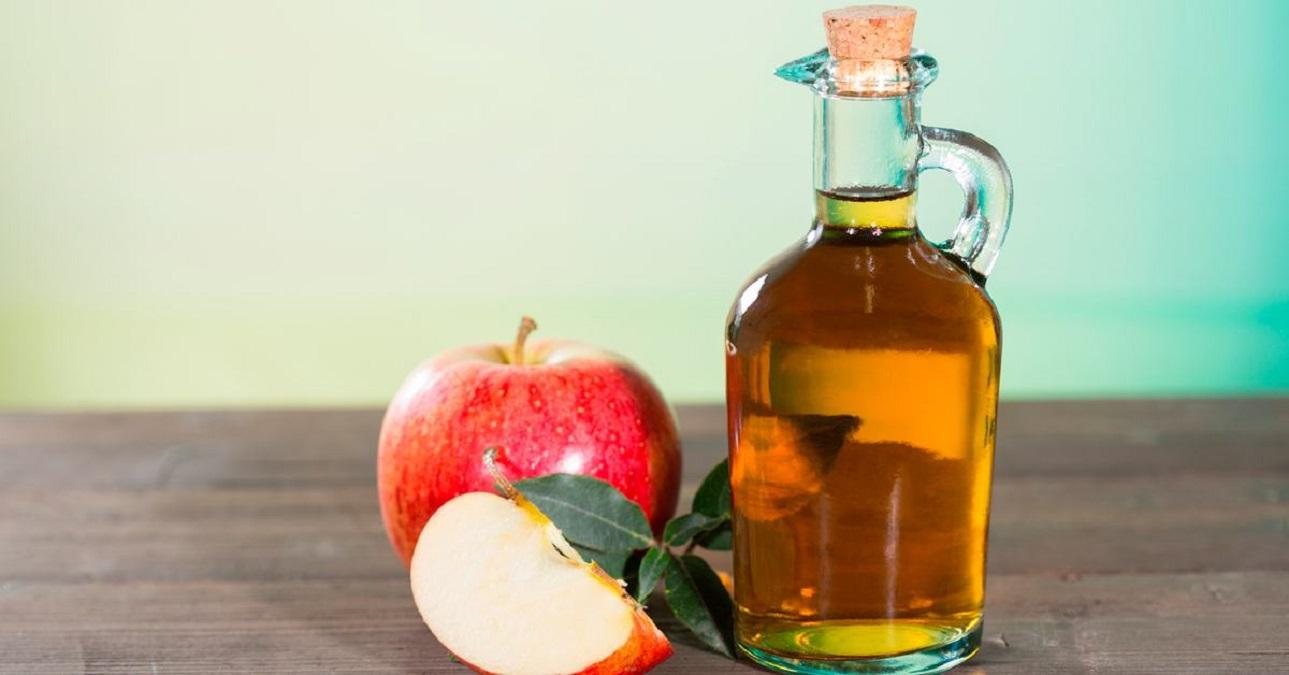 Ocet jabłkowy w służbie urody (i nie tylko)