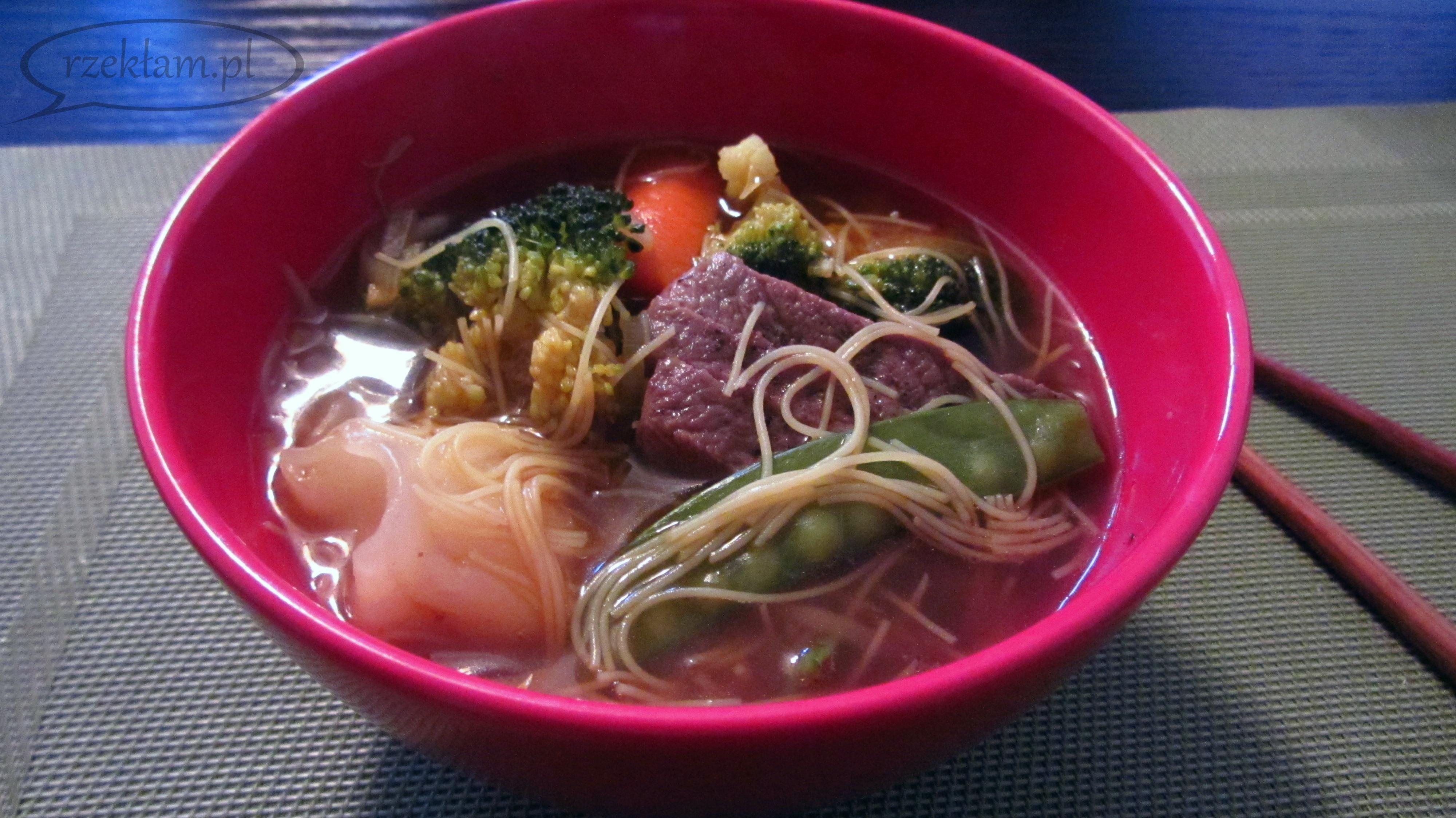 Smacznie i zdrowo: domowa zupka chińska