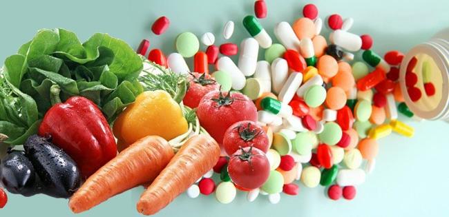 synthetic-vitamins-vs-green-vitamins1