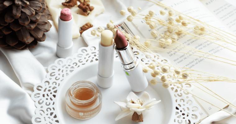 Jak dbać o usta? Sprawdzone kosmetyki, domowe maski i peelingi do ust