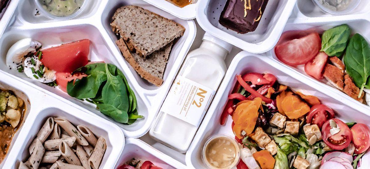 Dieta pudełkowa: czy warto? Moje doświadczenia po ponad 3 miesiącach życia na pudełkach